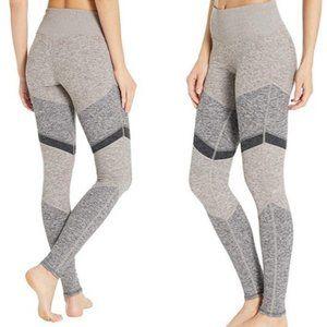 New ALO Yoga High Waist ALOSOFT Sheila Legging SzS